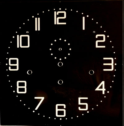 Zifferblatt 101: Oakside Special Clear Perspex Square dial with etched numerals 300mm x 300mm